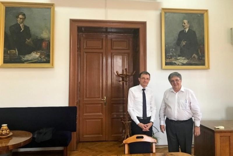 Magyargyűlölő románnak hálálkodott az MTA elnöke